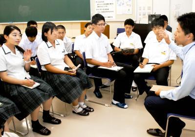 SGH指定・松山東高1年生、見学や...