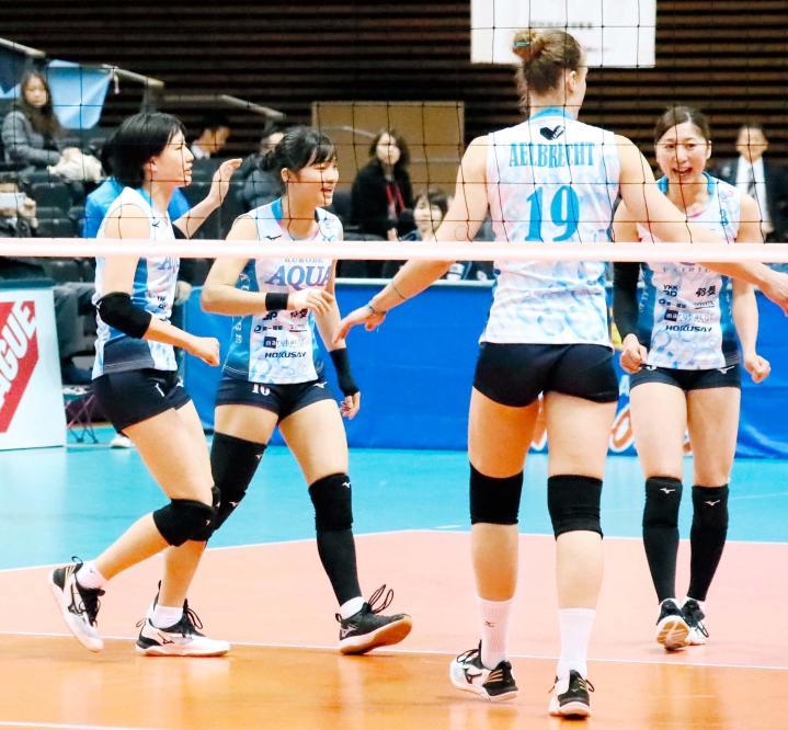大分 県 日 出町 の 小学生 女子 バレーボール チーム