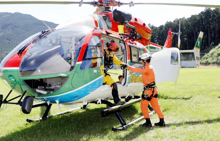 救助 ヘリコプター スゴ技です! ヘリコプター救助って奥が深い。(動画)