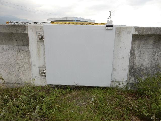 堤防扉1枚と階段手すり2基盗難 四国中央・海岸の県施設 被害130万円相当